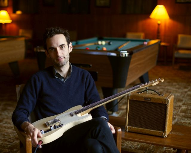 JULIAN LAGE *Arclight Trio*